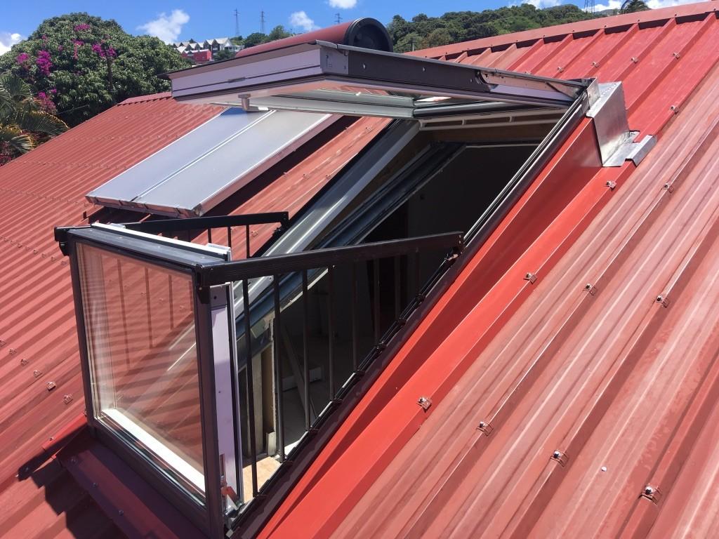 Un grand choix de modèles de fenêtres pour vos toitures à Saint-Pierre à La Réunion 974 | Réunion Toiture