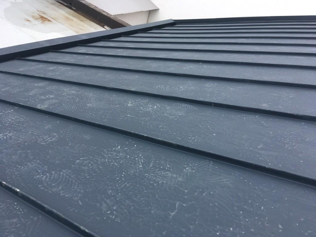 pose de toiture en zinc à Saint-Pierre à La Réunion 974 | Réunion Toiture